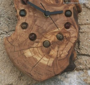 оригинальные часы из дерева