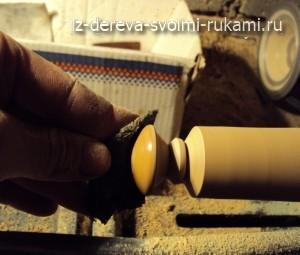 вощение деревянный изделий на токарном станке