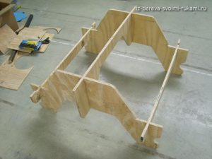 сборка стола со скамейками для дачи