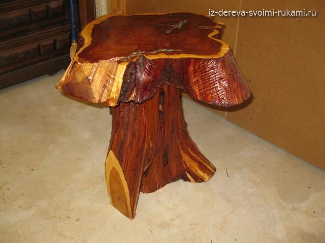 журнальный стол из стволов дерева своими руками