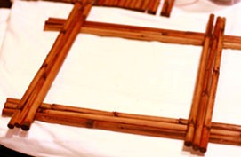 как сделать рамку для фотографий из тростника или бамбука своими руками