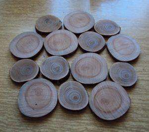 как сделать деревянную подставку под горячее своими руками