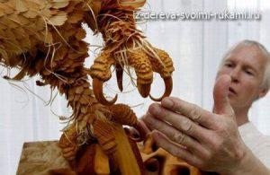 скульптуры животных из опилок и стружек дерева