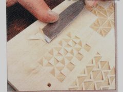 Урок ручной резьбы по дереву для начинающих. Вырезаем треугольники