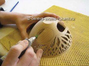 как сделать вазочку из дерева своими руками