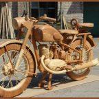 49 00001 700x472 - Из дерева своими руками! Интересные деревянные поделки, мебель, мастер-классы по дереву - Мотоцикл ИЖ-49 из дерева, 40 фотографий и видео