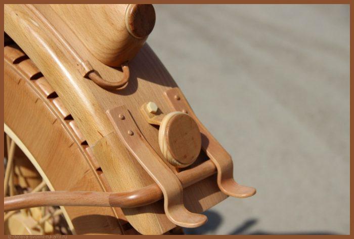 49 00012 - Из дерева своими руками! Интересные деревянные поделки, мебель, мастер-классы по дереву - Мотоцикл ИЖ-49 из дерева, 40 фотографий и видео