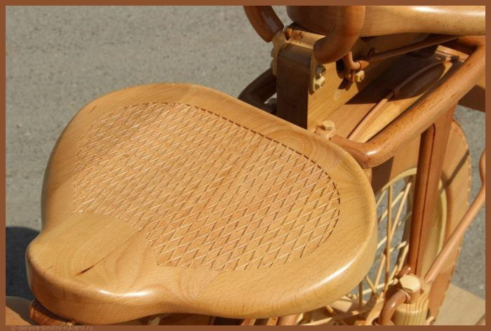 49 00022 - Из дерева своими руками! Интересные деревянные поделки, мебель, мастер-классы по дереву - Мотоцикл ИЖ-49 из дерева, 40 фотографий и видео