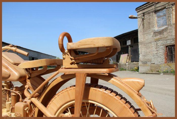 49 00025 - Из дерева своими руками! Интересные деревянные поделки, мебель, мастер-классы по дереву - Мотоцикл ИЖ-49 из дерева, 40 фотографий и видео