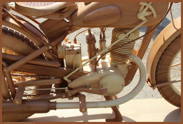 49 00037 - Из дерева своими руками! Интересные деревянные поделки, мебель, мастер-классы по дереву - Мотоцикл ИЖ-49 из дерева, 40 фотографий и видео