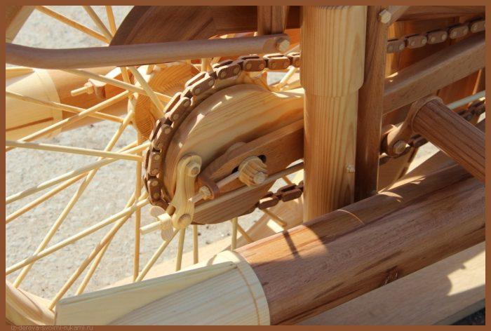 49 00039 - Из дерева своими руками! Интересные деревянные поделки, мебель, мастер-классы по дереву - Мотоцикл ИЖ-49 из дерева, 40 фотографий и видео