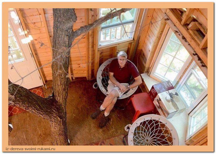 Nh O sYhSuI - Из дерева своими руками. Мастер-классы по дереву - Дедушка построил 3-этажный дом на дереве для своих внуков, 5 фото