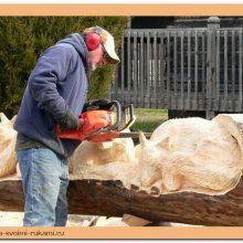 Фигурная резьба по дереву бензопилой (20 фото)