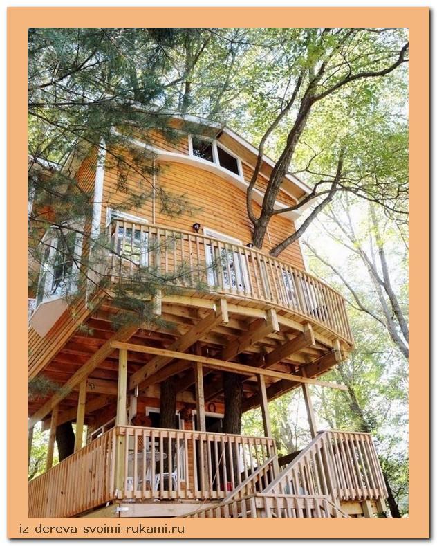 ePLoYLYPs8Q - Из дерева своими руками. Мастер-классы по дереву - Дедушка построил 3-этажный дом на дереве для своих внуков, 5 фото