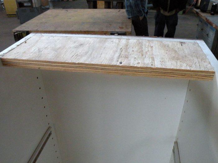 1415718565 lYByanar - Из дерева своими руками! Интересные деревянные поделки, мебель, мастер-классы по дереву - Тумбочка из древесных остатков