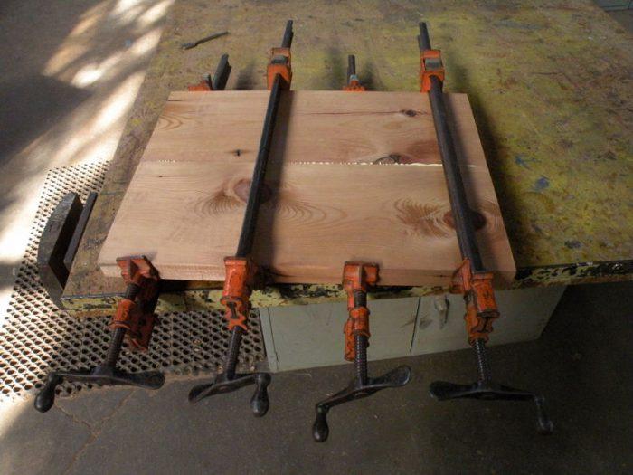 1415732345 yspmsOvf - Из дерева своими руками! Интересные деревянные поделки, мебель, мастер-классы по дереву - Тумбочка из древесных остатков