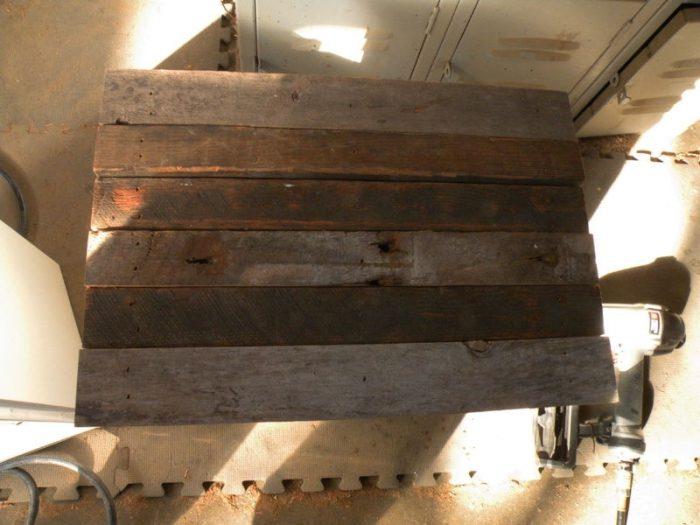 1415733833 lFLYzxkd - Из дерева своими руками! Интересные деревянные поделки, мебель, мастер-классы по дереву - Тумбочка из древесных остатков