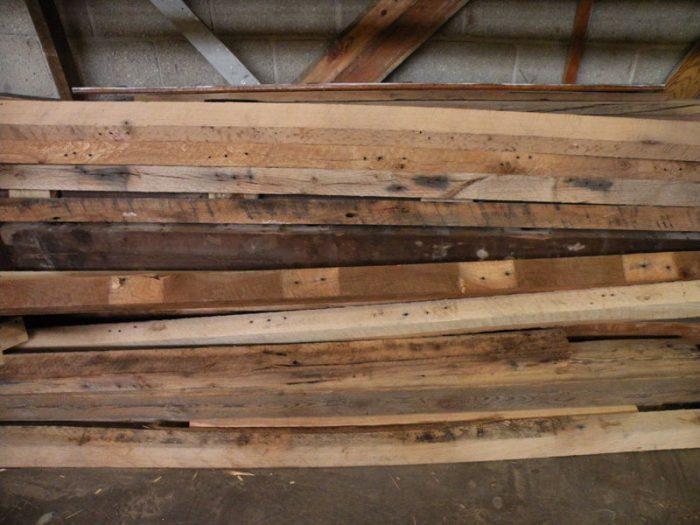 1415734794 ImRvZAZM - Из дерева своими руками! Интересные деревянные поделки, мебель, мастер-классы по дереву - Тумбочка из древесных остатков