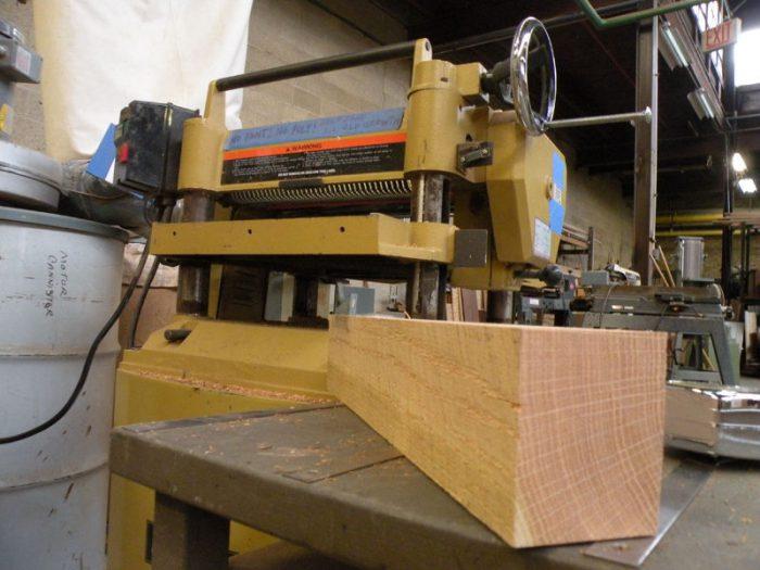 1415734798 DldvkzCb - Из дерева своими руками! Интересные деревянные поделки, мебель, мастер-классы по дереву - Тумбочка из древесных остатков