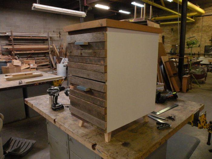 1415735633 JDNVhCZc - Из дерева своими руками! Интересные деревянные поделки, мебель, мастер-классы по дереву - Тумбочка из древесных остатков