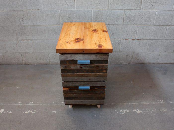 1415735931 yfvFAZLe - Из дерева своими руками! Интересные деревянные поделки, мебель, мастер-классы по дереву - Тумбочка из древесных остатков