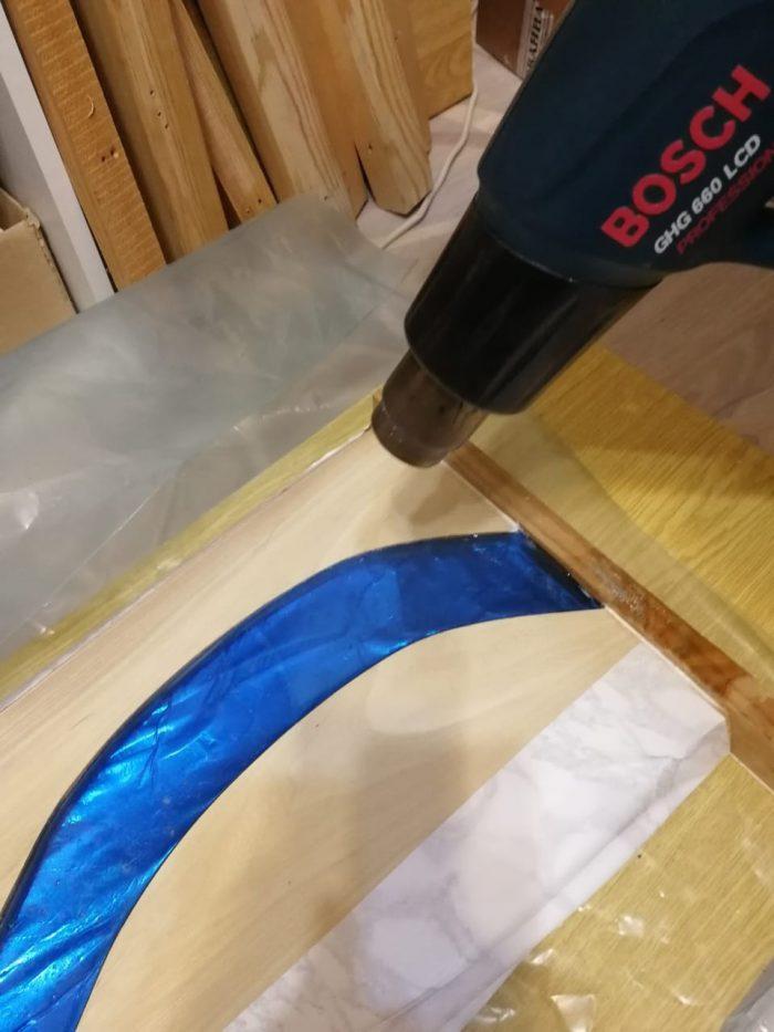 16 700x933 1 - Из дерева своими руками! Интересные деревянные поделки, мебель, мастер-классы по дереву - Дерево и эпоксидная смола. Мастер-класс изготовления стола из слэба и смолы